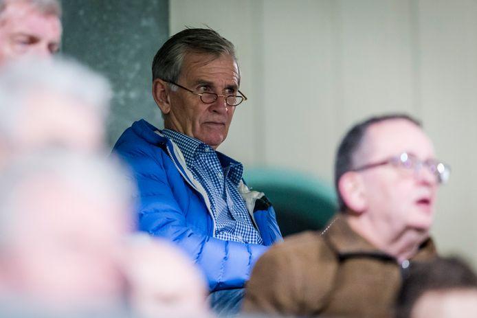 Louis Coolen is sinds 2017 terug bij Helmond Sport, waar hij in 2001 voor het laatst trainer was. Nu keert hij voor even terug.