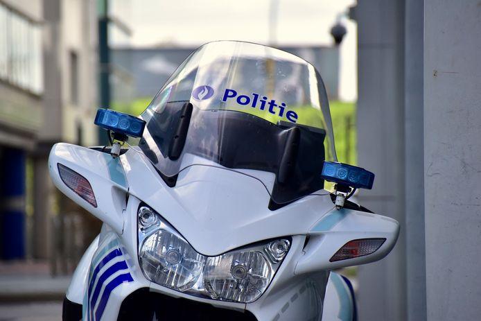 De politie van de zone RIHO stond in voor de vaststellingen van het ongeval langs de Gentseheerweg in Izegem.