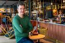 Erik Derksen, eigenaar van Buurten: werken in de horeca maakt mensen zelfstandig.