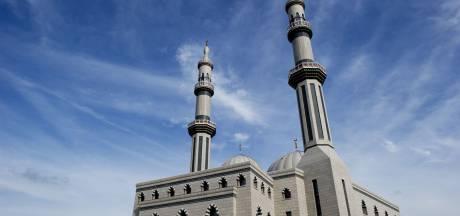 'Arabieren willen moskee Rotterdam teruggeven'