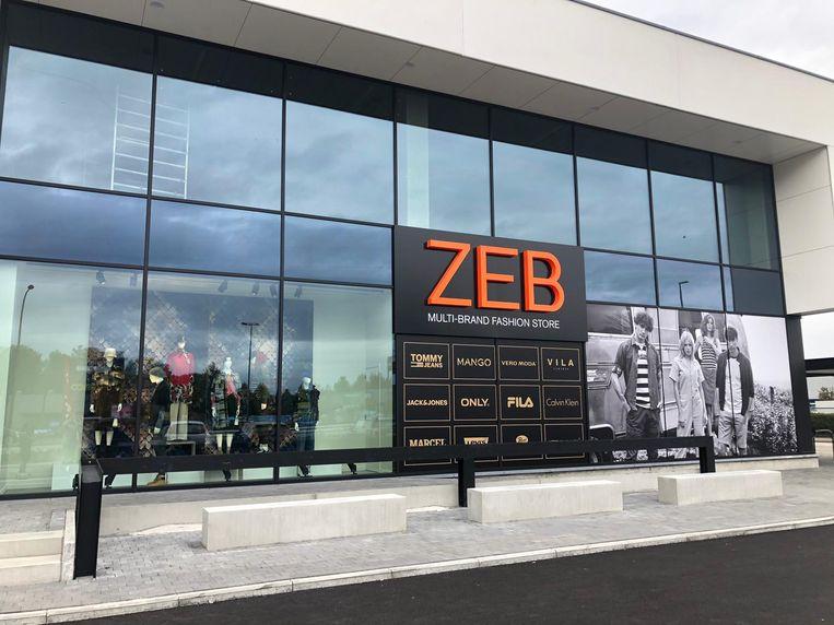 De ZEB-winkel in Ronse, een van de 128 shops van Fashion Society. In geen enkel vind je binnenkort nog bont. Beeld ZEB Ronse