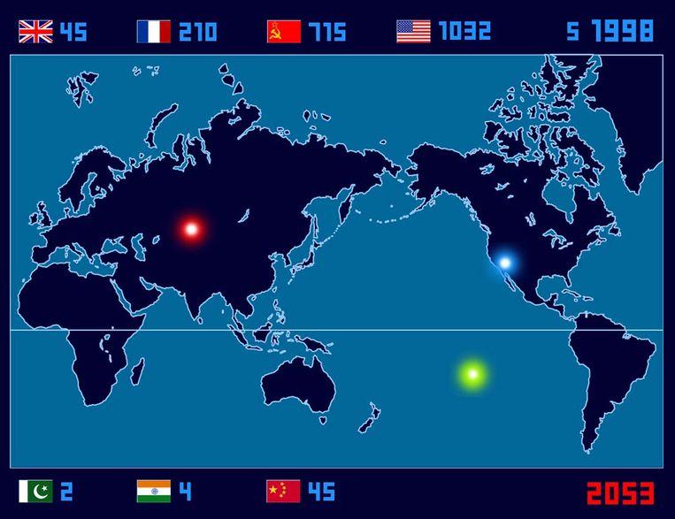 Isao Hashimoto inventariseerde 2.053 atoomontploffingen tussen 1945 en 1998 op een geanimeerde landkaart. Beeld Isao Hashimoto