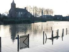 Waterschap blikt met inwoners in Lith terug op hoogwater van 1995