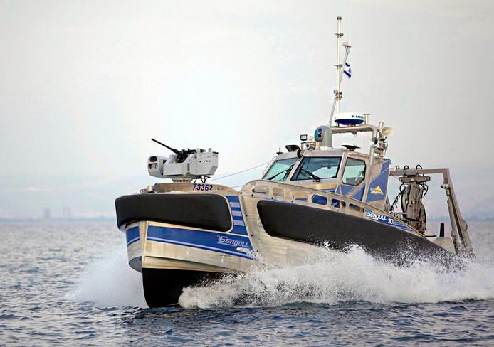 De Seagull-301 was het eerste onbemande schip ooit in de Rotterdamse haven.