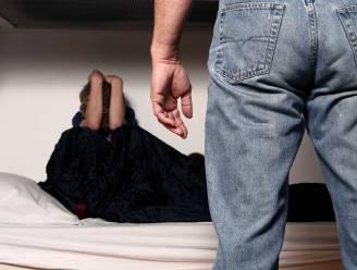 """Sara (29) werkt dagelijks met seksueel delinquenten: """"De typische pedofiel? Die bestaat niet"""""""