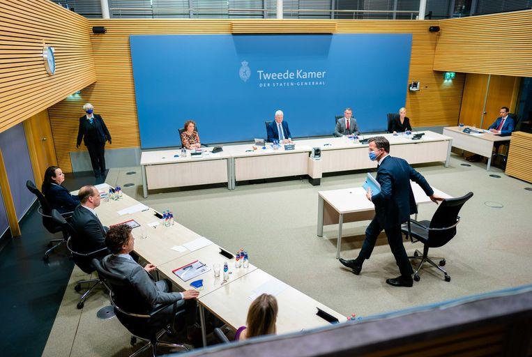 Premier Mark Rutte na afloop van het verhoor door de Parlementaire enquêtecommissie Kinderopvangtoeslag, tijdens de laatste dag van de hoorzittingen.  Beeld ANP