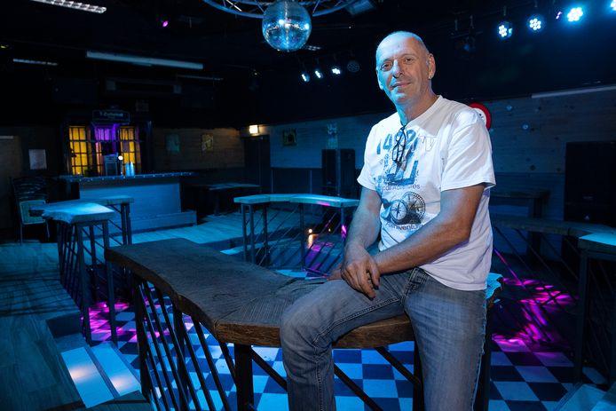 Ruud Wouters, eigenaar van T-Jesters (voorheen Xanadu) in Bergeijk. Hij heeft de zaak verkocht en vertrekt naar Spanje.