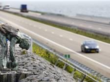 Afsluitdijk gaat binnenkort tien keer een weekend dicht