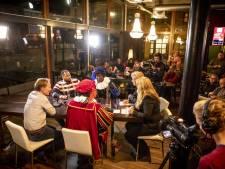 Politiek café Hengeloos Peil: snel appartementen in leegstaande V&D Hengelo