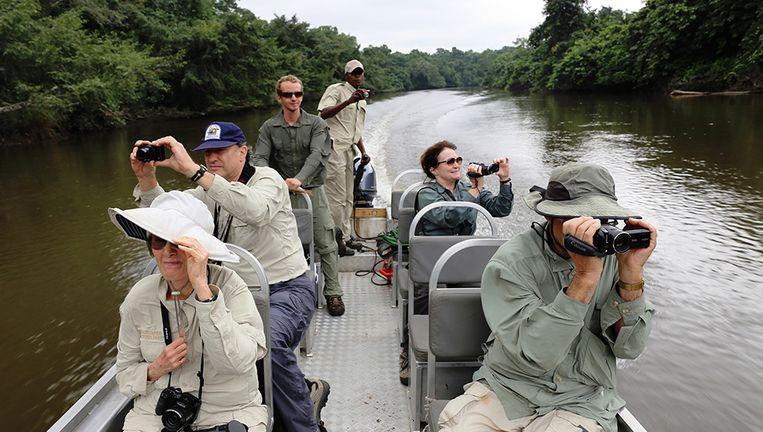 Vaartocht op een zijrivier van de Congo. Beeld Noël van Bemmel