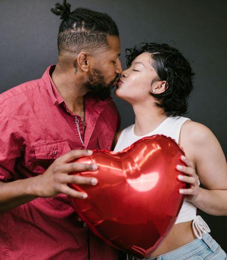 Valentijnsdag: we vinden het commerciële onzin, maar doen er stiekem massaal aan mee