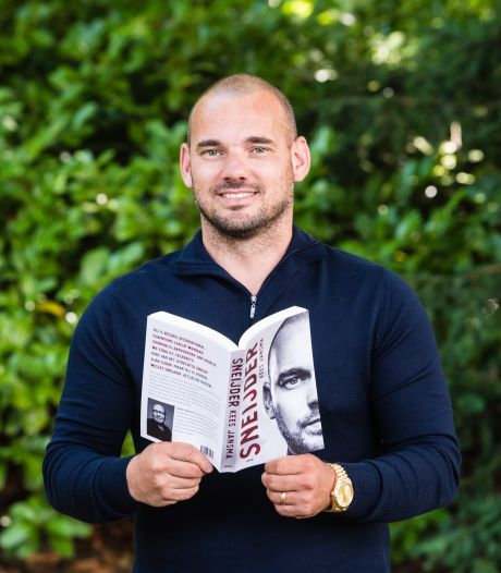 Sneijder signeert zondag in Utrechtse boekhandel Broese