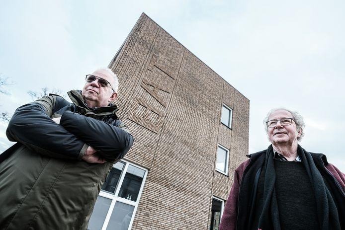 """Huub Meijer (links) en Paul Freriks van Sociaal Zevenaar trokken aan de bel over de naam van woonpark BAT. ,,Niet van deze tijd om nieuwe wijk de naam te geven van sigarettenfabrikant."""""""