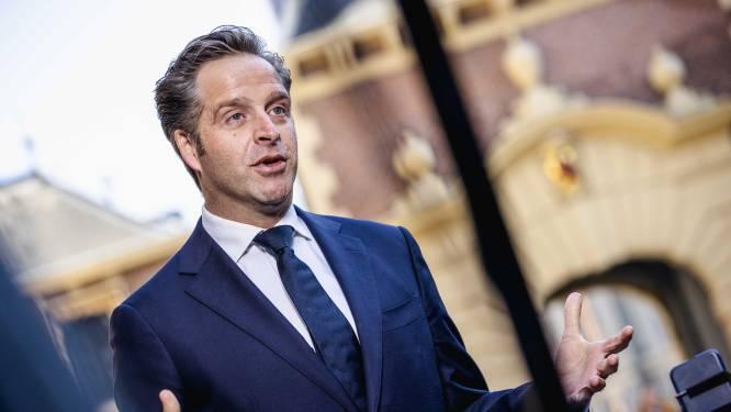 Nederland belooft tegen juli vaccin voor iedereen die wil, zolang leveringen doorgaan