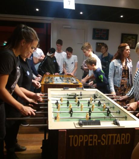 Geen VAR tijdens het tiende tafelvoetbaltoernooi in Biest-Houtakker