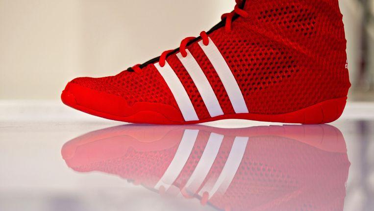 a57764e3542 Adidas staat op zijn strepen tegenover Vlaams schoenenmerk | De Morgen