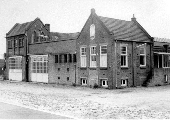 Melkfabriek Sint Isidorus in Ravenstein werd in 1954 fabriek voorde vrachtwagens van Hogra