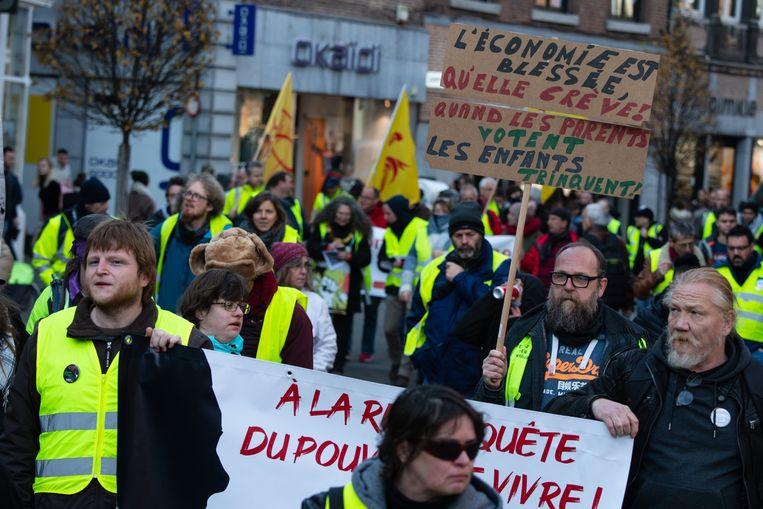 - Manifestation des gilets jaunes pour fêter le 1er anniversaire du mouvement   - Betoging van de Gele Jesjes in Namen    Namur  Belgium   16/11/19  pict. by Christophe Licoppe  © Photo News Beeld Photo News