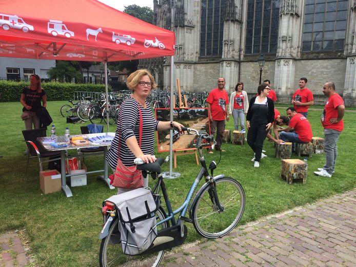Ook Charlotte Daalderop uit Den Bosch leverde een stalen ros in
