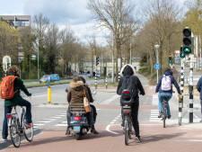 Extra veilig fietsen bij het station door haaietanden en De Ontdekking
