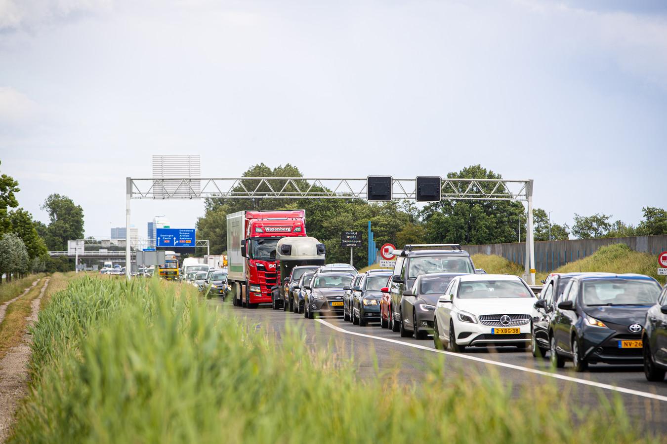 Het verkeer ondervind rond Zwolle hinder van de werkzaamheden.