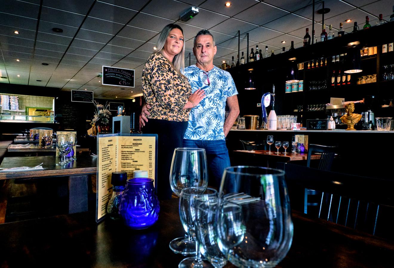 Fabio Xausa en Priscilla van Dooren van Restaurant Il Mago, dat dit weekend sluit.