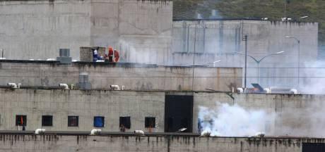 Ruim 60 doden in gevangenissen Ecuador na gecoördineerde aanval