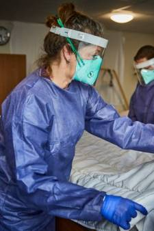 Verpleeghuizen bereiden zich voor op 'code zwart': 800 extra bedden en mogelijk hulp van het leger