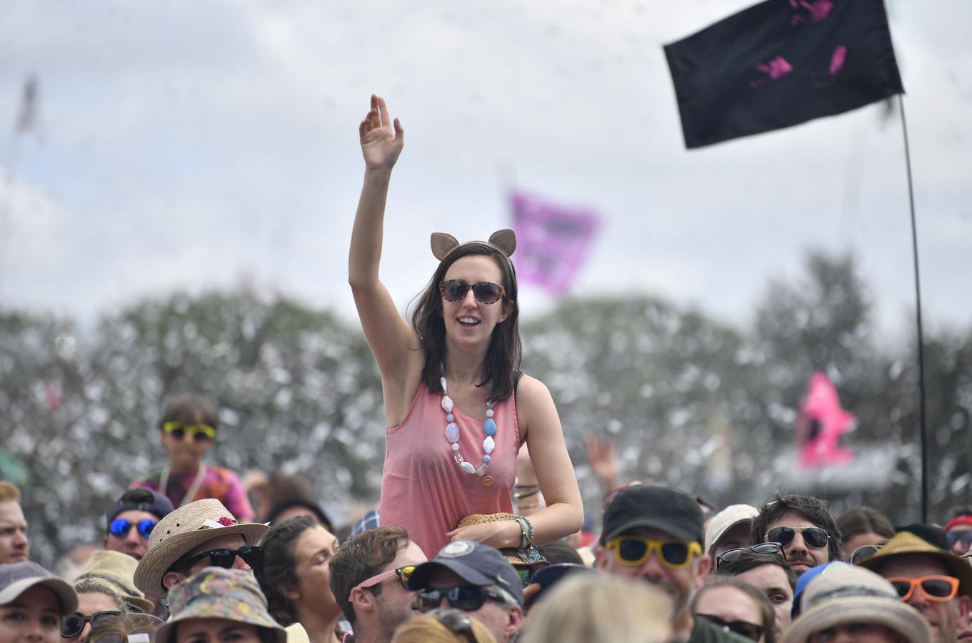 Archiefbeeld: festivalgangers op Glastonbury in 2019.