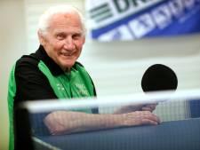 Aimabele Rotterdams sporticoon Aad van Teylingen (94) overleden: 'Een gemis voor iedereen'