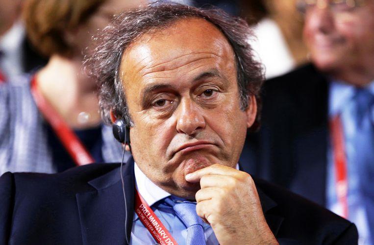 Michel Platini ontkent dat de toenmalige Franse president Nicolas Sarkozy hem vroeg voor Qatar te stemmen. Beeld EPA