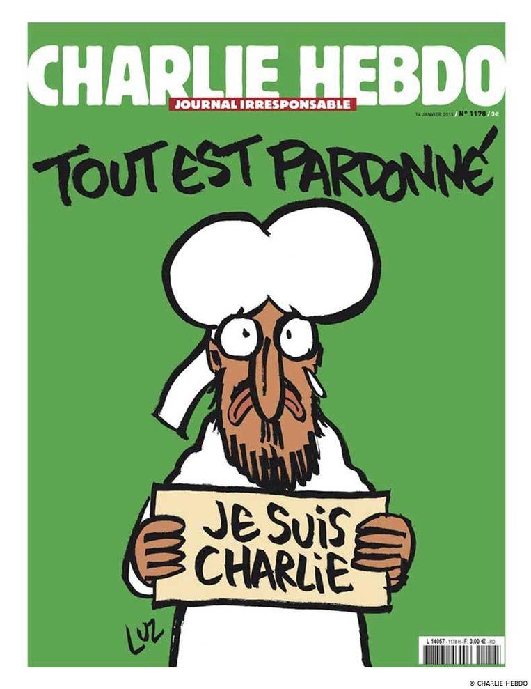 Spotten met de profeet is levensgevaarlijk. Op 7 maart2015 werd de redactie van 'Charlie Hebdo' uitgemoord. Dit is de cover van het eerste nummer na de aanslag.   Beeld rv
