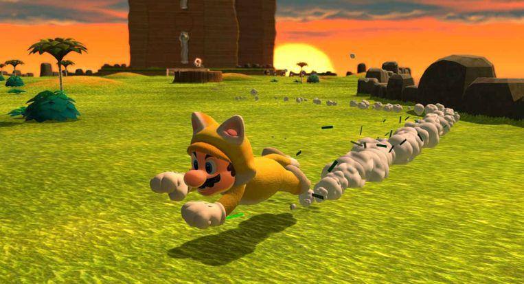 In poezenpak holt en klimt Mario nog harder dan normaal. Beeld Nintendo