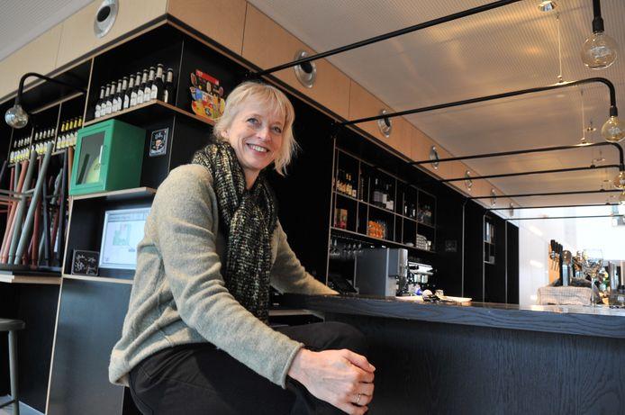 Doelum-manager Astrid de Bondt snakt naar de heropening van haar multifunctioneel centrum in Renkum.