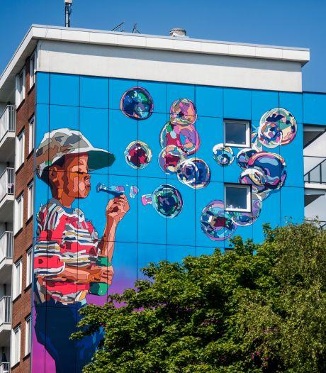 Kunstenaars op zwart zaad krijgen hulp in Tilburg