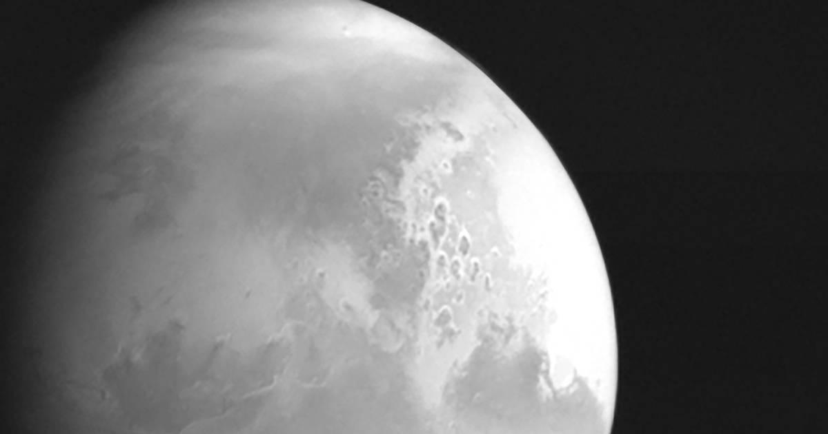 Chinese sonde stuurt eerste foto van Mars | Wetenschap | hln.be - Het Laatste Nieuws