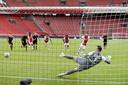 In de competitie won Ajax dit seizoen met 5-1 van Heerenveen.