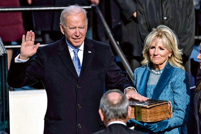 'Om Biden een echte kans te geven, zullen we dus eerst moeten afkicken van onze Trumpitis, en die rehab wordt allesbehalve makkelijk' Beeld Belgaimage