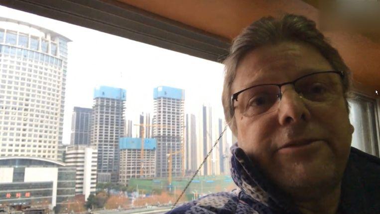 Vlaming Johan Smets in de spookstad Wuhan. Beeld VTM NIEUWS