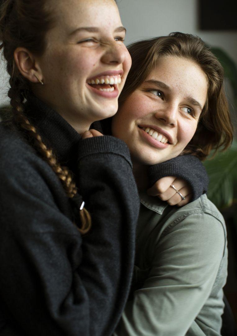 Anuna: 'We hebben een bijzondere band als tweelingen, maar het is niet zo magisch als weleens wordt beweerd.' Luka: 'We hebben wel dezelfde droge humor.' Beeld Koen Broos