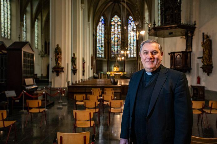 De Broederenkerk in Deventer wordt het parochiecentrum van de Heilige Lebuinus. Pastoor Ronald Cornelissen wil graag elke dag activiteiten in zijn kerk.