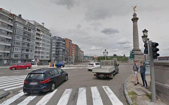 Un grave accident s'est produit ce mercredi à l'angle entre le quai de Rome et le pont de Fragnée.