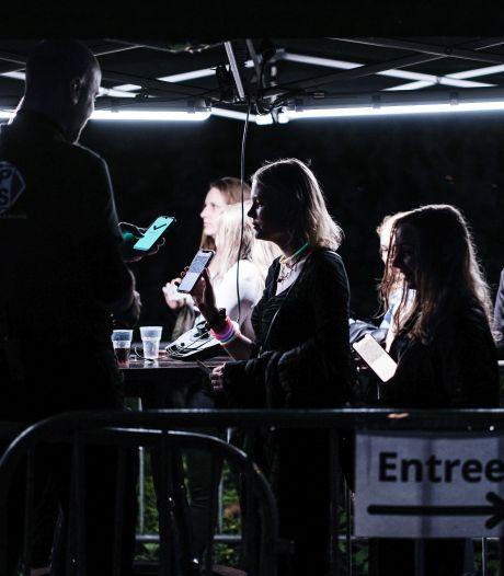 Coronakaart | Het regent besmettingen in de studentensteden, Achterhoek kruipt naar niveau 'zeer ernstig'
