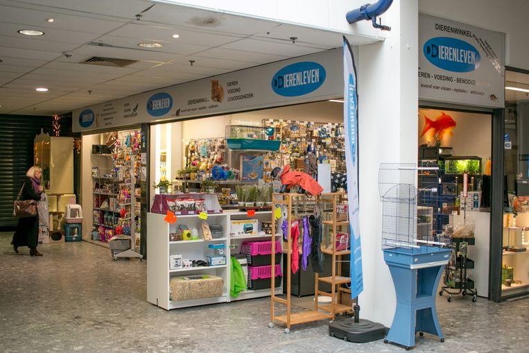 De nieuwe dierenwinkel in de Reinaert Galerij.