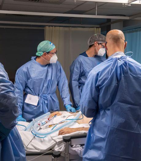 Nu zelfs jonge, zwangere vrouwen met corona op intensive care: 'Dit gaat niet goed'