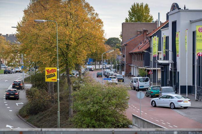Ter hoogte van de Orthenseweg en de Gruttostraat komt een ovonde, een verkeerspleintje volgens een gemeentewoordvoerder.