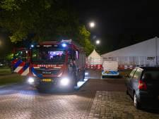 Oorzaak van knallen bij vaccinatietent in Kampen blijft een raadsel: 'Geen bewijs voor mogelijke aanslag'