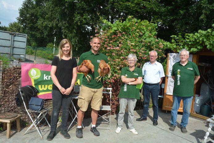 De compostmeesters van Oostrozebeke werden bedankt voor hun inzet.