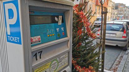 Stad Halle trakteert tijdens eerste soldenweekend: Koopjesjagers parkeren gratis