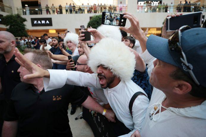 Fans van Khabib in Abu Dhabi.